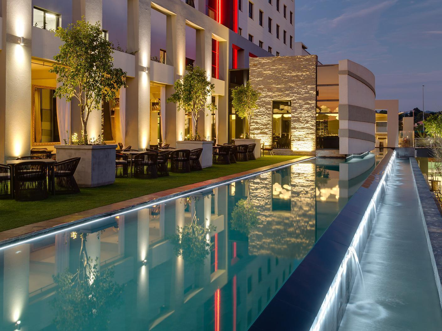 Protea Hotel Fire and Ice Menlyn - Hotels and Accommodation in South Africa, Africa