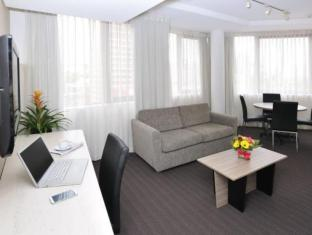 Metro Sydney Central Hotel Sydney - Guest Room