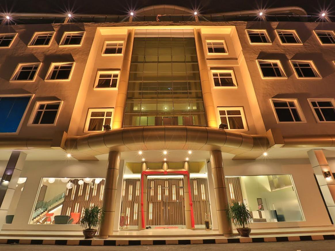 Supreme Hotel - Hotels and Accommodation in Malaysia, Asia