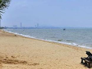 Baramie Residence Pattaya - Beach