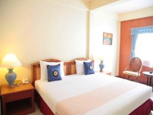 Sabai Lodge Hotel Pattaya - Deluxe Large Pool