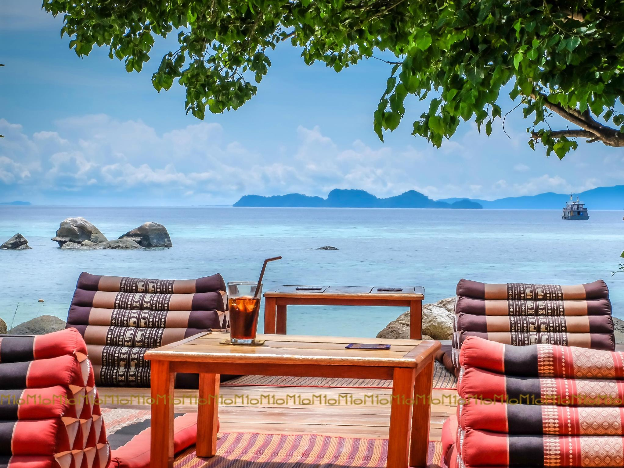 Ten Moons Lipe Resort - Hotels and Accommodation in Thailand, Asia