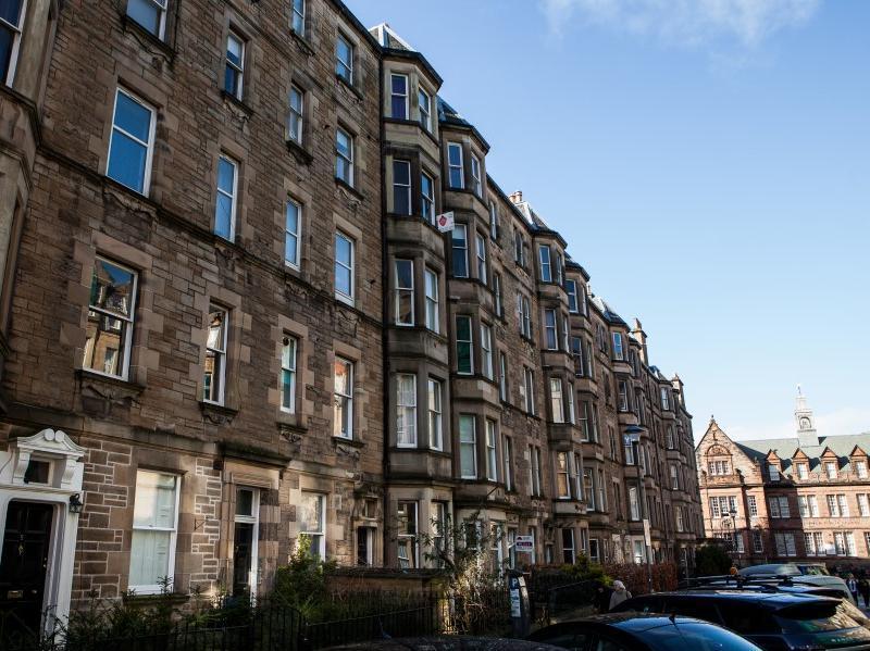 R & R Scotland Apartments - The Rorro - Edinburgh