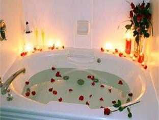 Hampton Inn Greensburg Hotel Greensburg (PA) - Bathroom