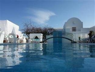 Theoxenia Boutique Hotel | Cheap Hotels in Santorini / Thira Greece