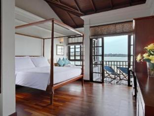 Avillion Hotel Port Dickson - Premium Water Chalet