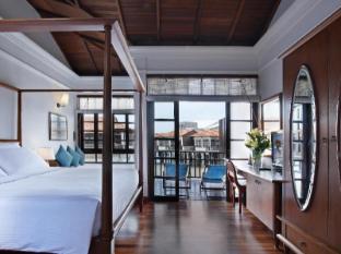 Avillion Hotel Port Dickson - Water Chalet