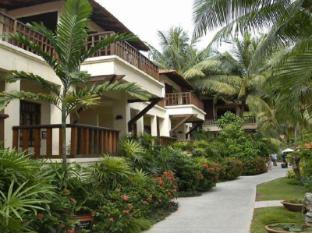 Avillion Hotel Port Dickson - Garden Chalet