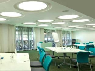 Avillion Hotel Port Dickson - Meeting Room