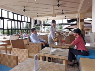 Avillion Hotel Port Dickson - The Galley Lounge