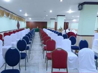 Royal Regency Hotel Chennai - Ruang Rapat