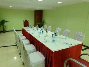 Royal Regency Hotel Chennai - Αίθουσα συσκέψεων