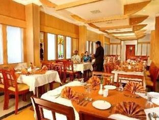 Park Central Hotel Kochi / Cochin - Restaurant