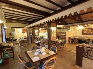 Fidalgo Hotel North Goa - Coffee Shop/Cafe