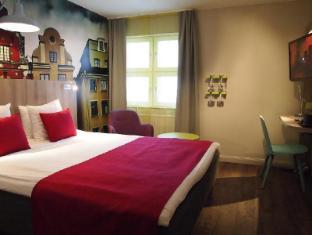 Central Hotel Stockholm - Guest Room