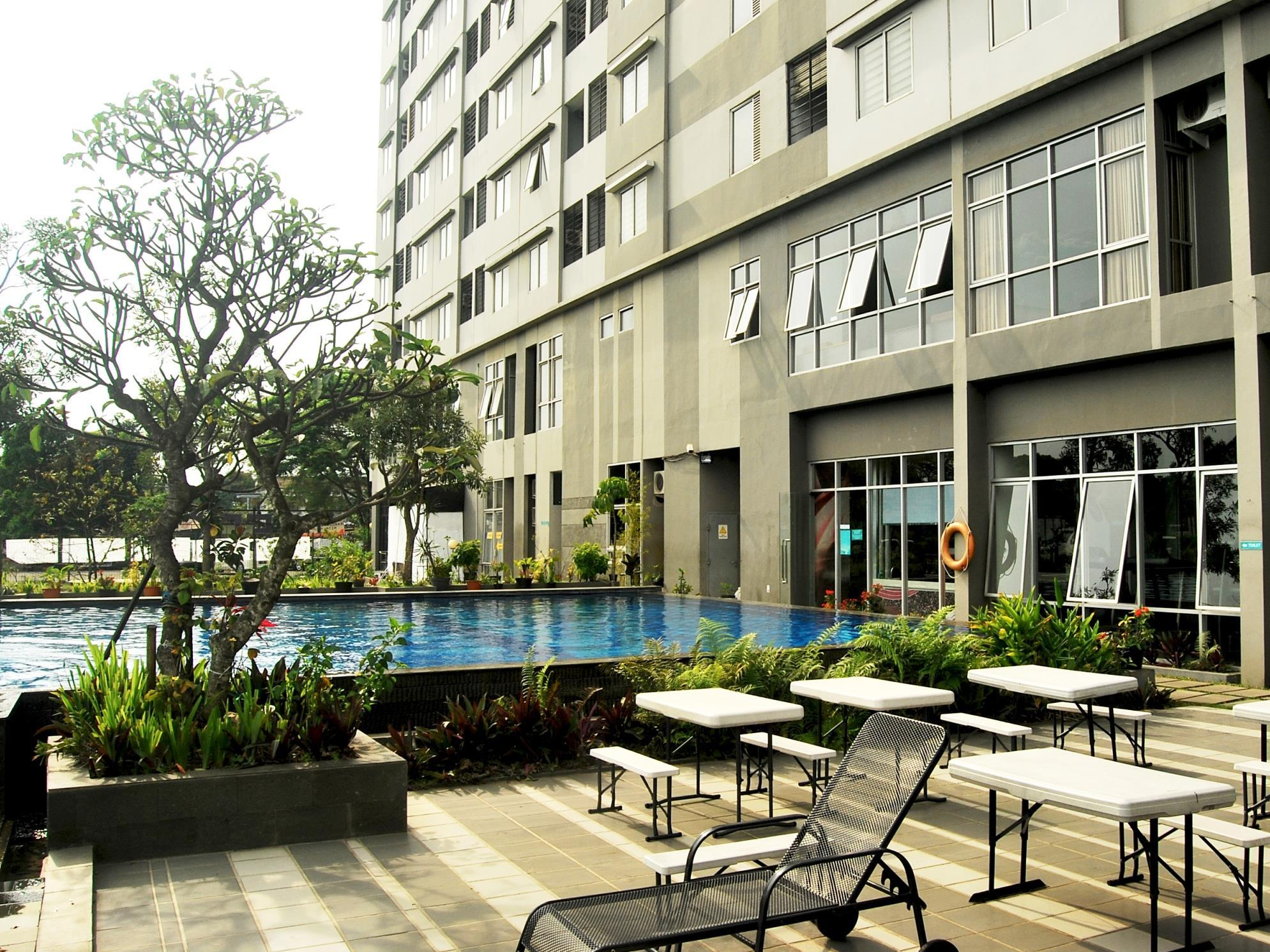 High Livin' Apartment - Hotels and Accommodation in Indonesia, Asia