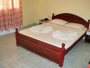 Colonia Jose Menino Resort Južna Goa  - soba za goste