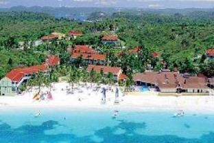 グランド パイナップル ビーチ ホテルの外観