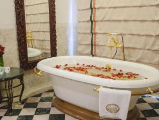 Hotel Majapahit סורבאיה - סוויטה