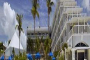 グランド ケイマン ビーチ スイーツ ホテル