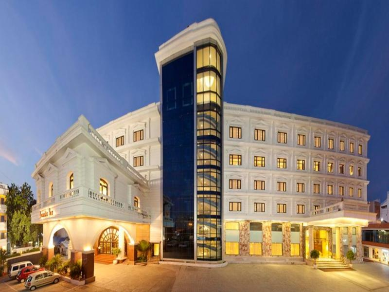 Anandha Inn Hotel - Hotel and accommodation in India in Pondicherry