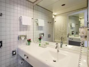 ARCOTEL Velvet Berlin ברלין - חדר אמבטיה