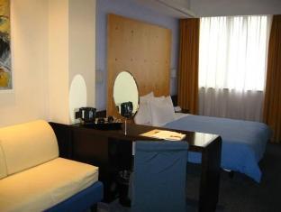 Hotel Degli Imperatori Rome - Suite Room