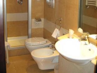 Hotel Degli Imperatori Rome - Bathroom
