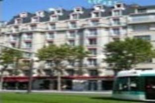 クオリティ ホテル パリの外観