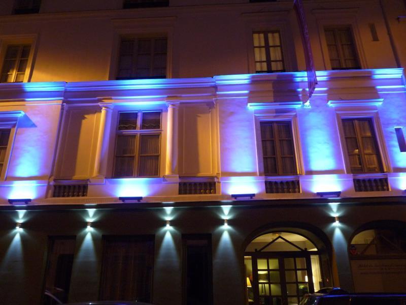 ZE Hotel - Hotell och Boende i Frankrike i Europa