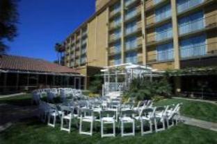 Crowne Plaza Hotel Fullerton