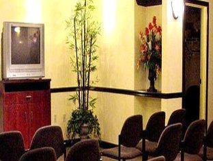 bayfront inn 5th avenue naples  fl    meeting room