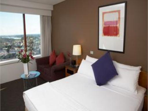 ➦  TFE Hotels    (NSW) customer rating