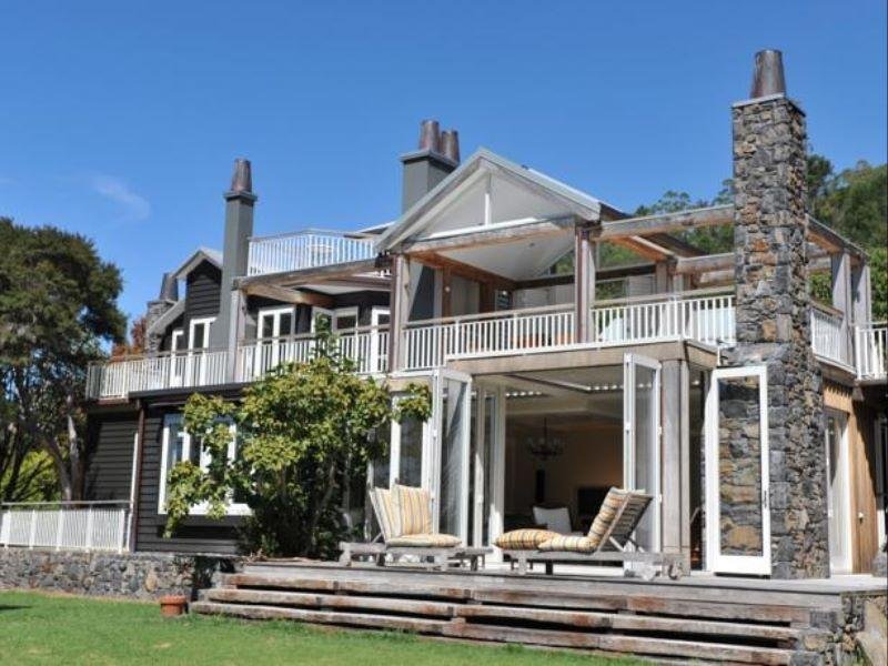 970 Lonely Bay Lodge - Hotels and Accommodation in New Zealand, Pacific Ocean And Australia