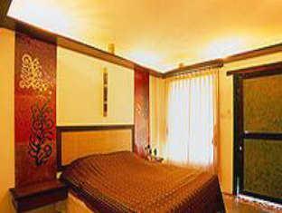 ayatana lake & hills hotel