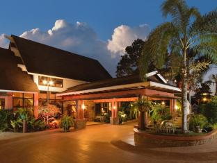 Flushing Meadows Resort Panglao Ø - Hotellet udefra