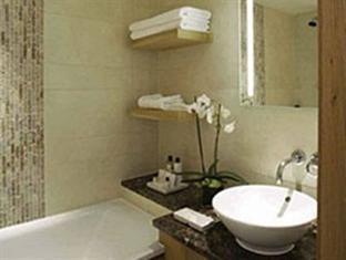 Jumeirah Lowndes Hotel London - Bathroom