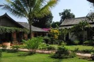 Villa Nam Song Hotel - Hotels and Accommodation in Laos, Asia