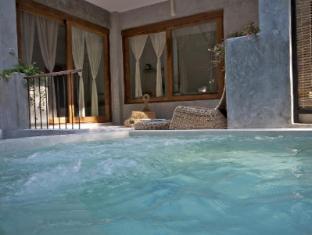 Proud Phu Fah Hotel Chiang Mai - Swimming Pool