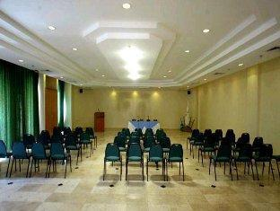 Jericho Resort Village Jericho - Meeting Room