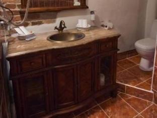 セント オラヴ ホテル       タリン - バスルーム