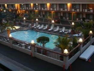 Tropicana Inn And Suites Anaheim (CA) - Swimming Pool