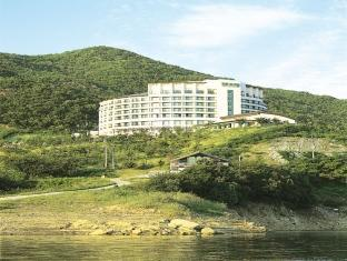 Cheongpung Resort