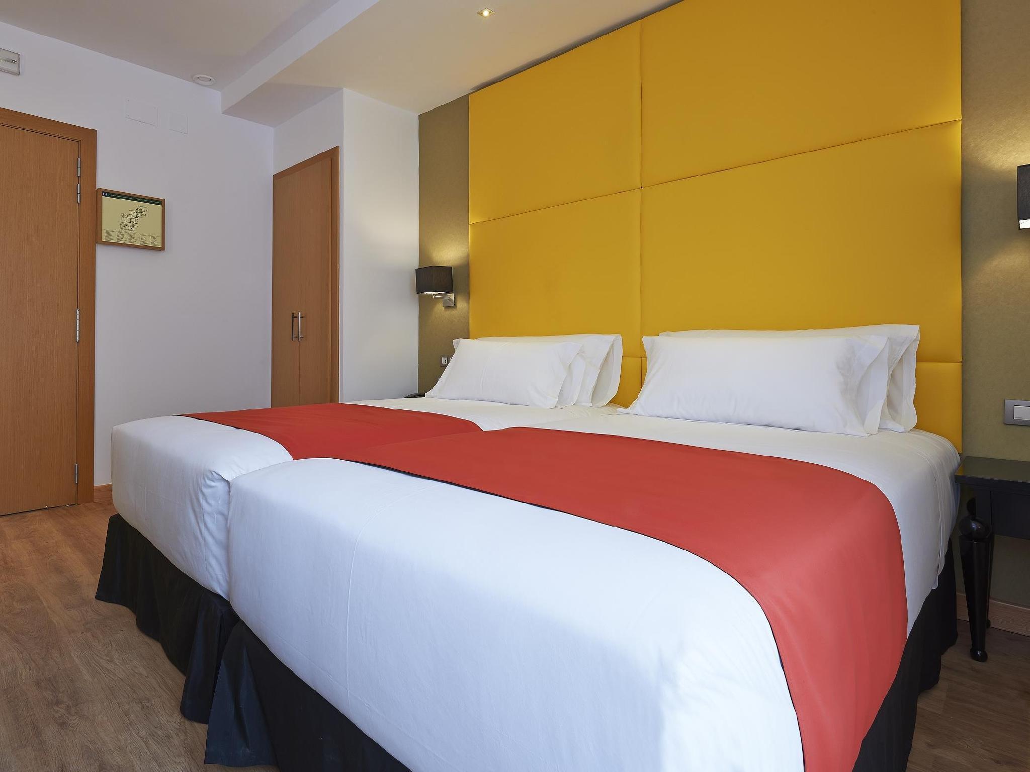 Hesperia Metropol Hotel