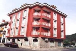 Los Acebos Cangas Hotel