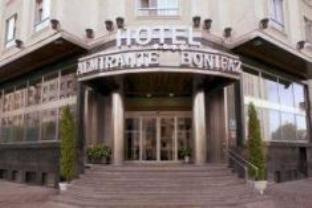 Almirante Bonifaz Hotel