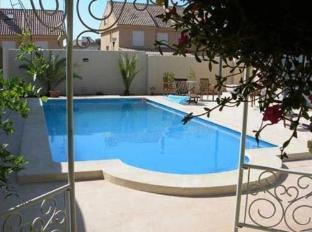 Campo Olivar Hotel Paterna - Swimming Pool