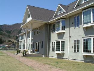 hotel Condominium Square Hills