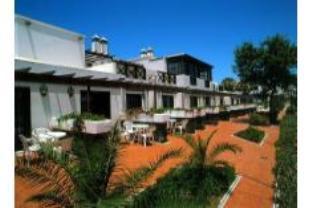 羅斯杜里班斯酒店