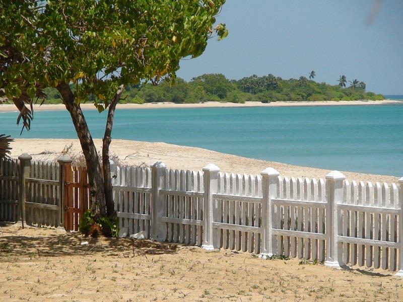 Pearl Oceanic Resort - Trincomalee - Hotels and Accommodation in Sri Lanka, Asia